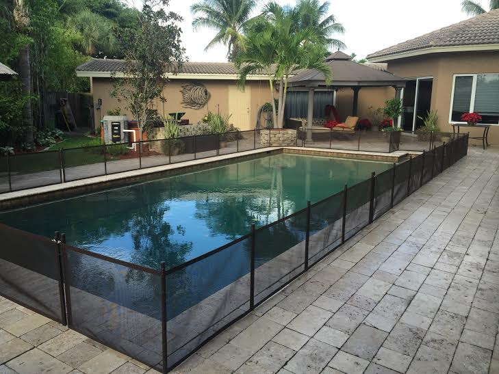 Pet Fence Diy 24 X 12 Do It Yourself Pool Safety